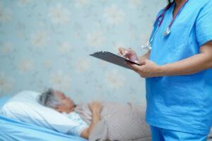 уход за тяжелобольными, гериатрический пансионат в Киеве, реабилитация после инсульта